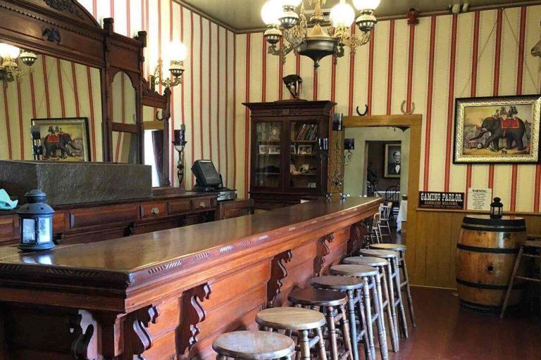 Saloon inside Cosmopolitan Hotel San Diego