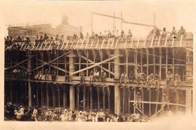 Old picture of workers building Peabody hotel