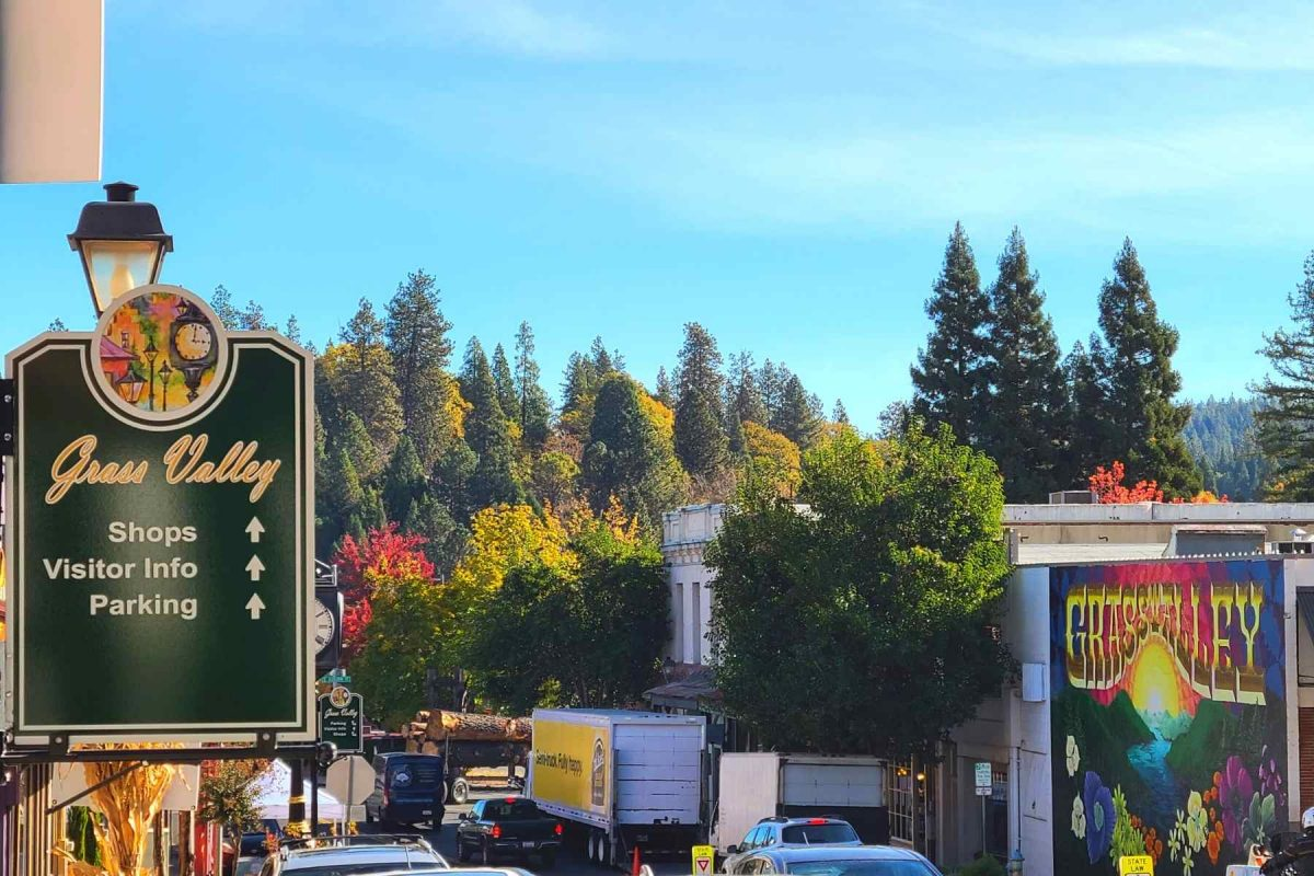Grass Valley CA Mural and Sign